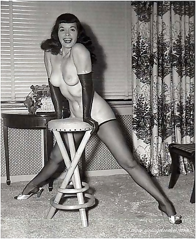 Famous bettie paige show her..