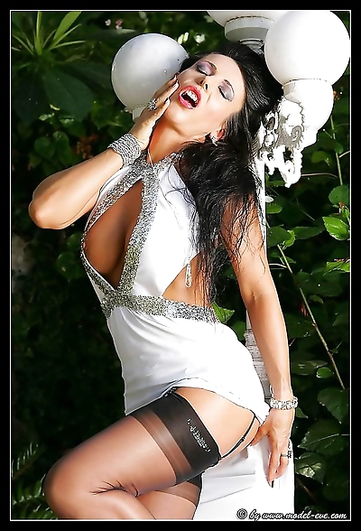Glamour model eve in stockings - part 947