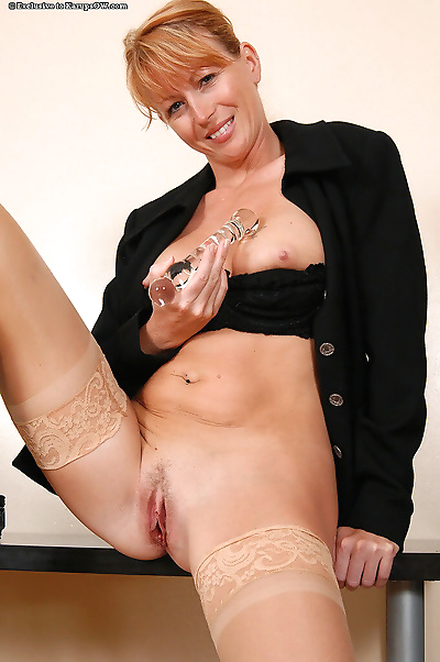 Mature secretary roxy anne stuffs her pussy with a glass dildo - part 1916