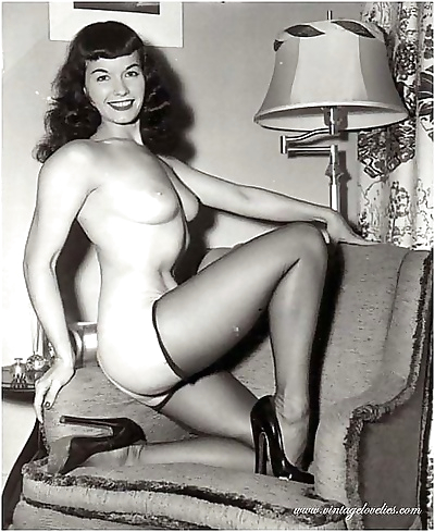 Famous bettie paige show her sexy body - part 1539